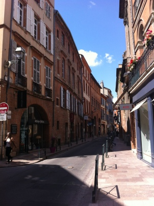 Getting lost in the old Toulouse